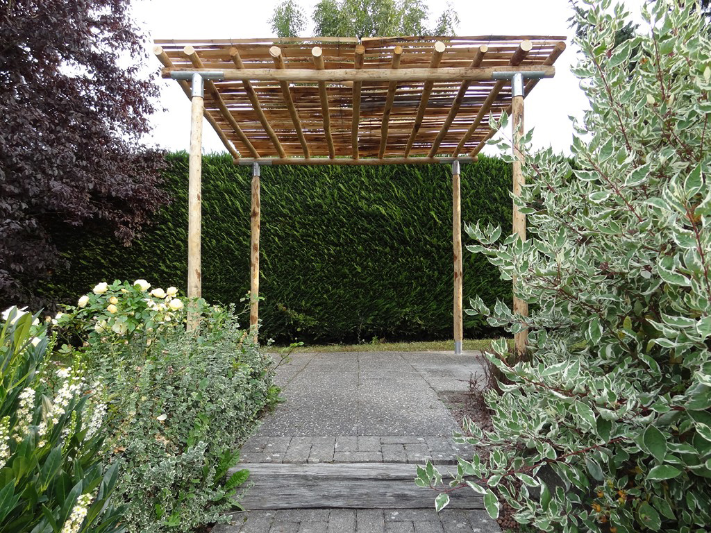 gartenlaube camille aus kastanienholz naturwaren online kaufen. Black Bedroom Furniture Sets. Home Design Ideas